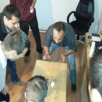 Teambuilding activitati indoors minute to win it