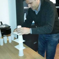 Teambuilding activitati indoors minute to win it tower