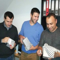 Teambuilding activitati indoors minute to win it winners